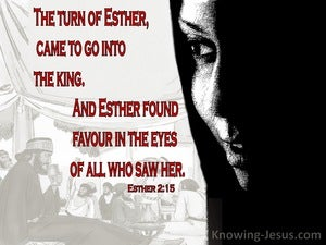 Esther 2:15